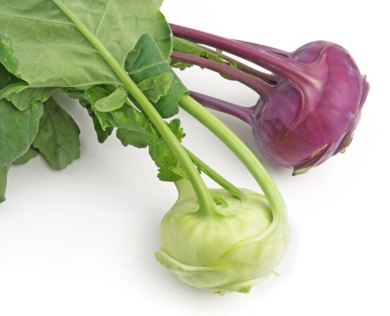 white and purple kohlrabi varieties